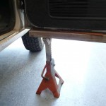 Closeup view of the 3-ton Jack Stands I used.